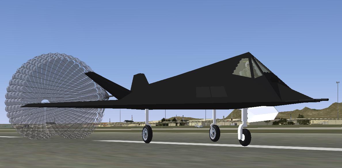 Le Lockheed F-117 Nighthawk F-117_landing_chute_KLSV
