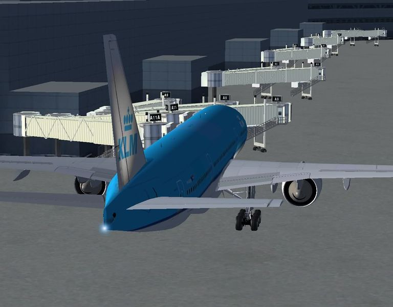 File:Animated-jetways-KSFO.jpg